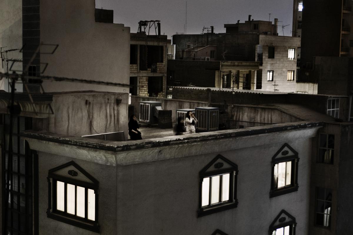 1 Sui tetti di Teheran - Pietro Masturzo