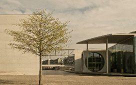 """Conferenza """"Architettura - Visioni"""" a cura di Graziano Perotti"""